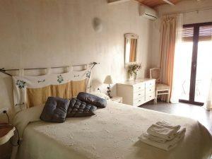 finca albdabra hotel en granada habitaciones